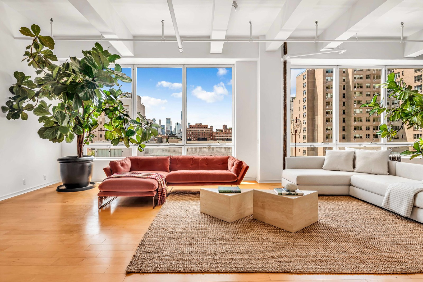 Living area of Susan Sarandon's Chelsea Duplex Loft
