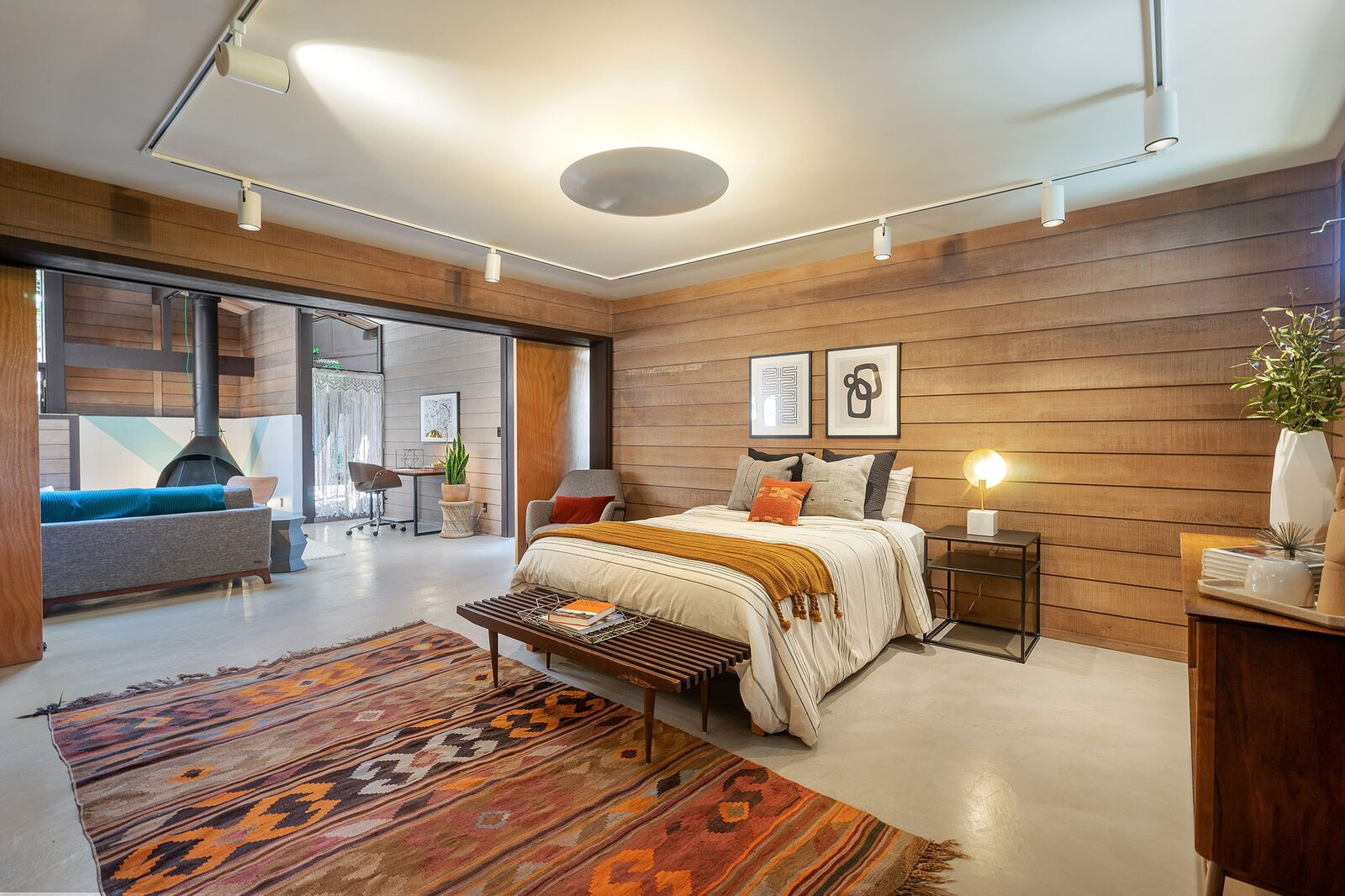 Bedroom in the Hargrove Residence by Roger Lee