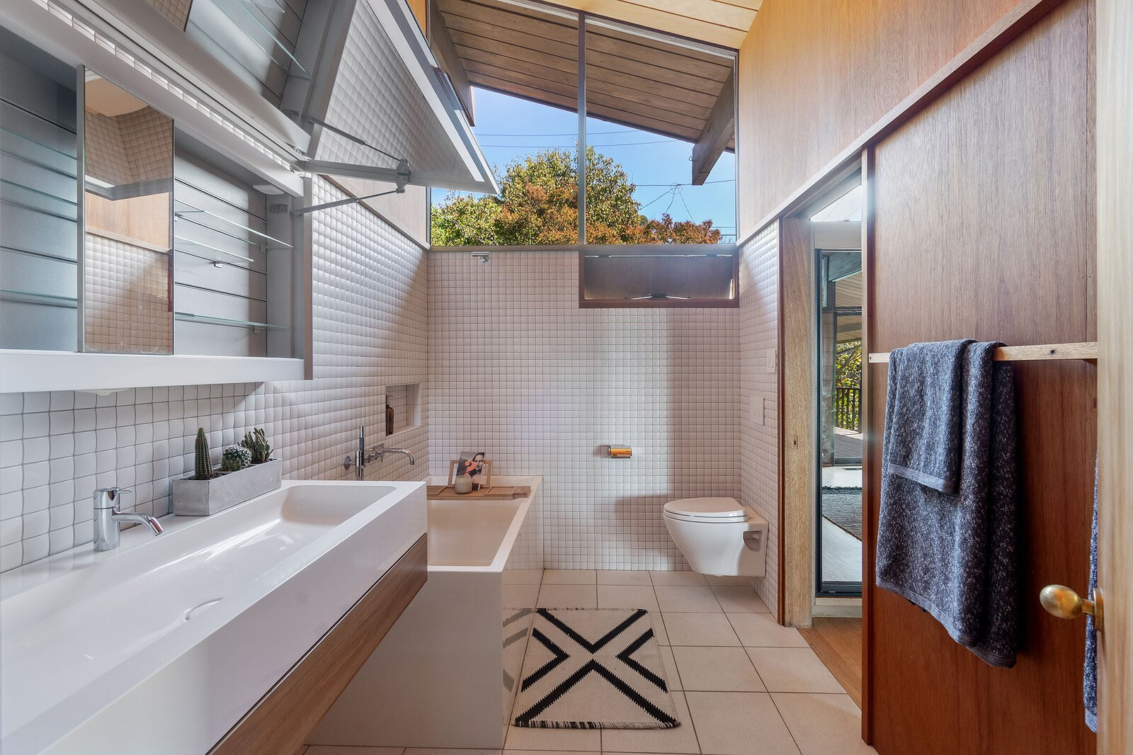 Bathroom in the Hargrove Residence by Roger Lee