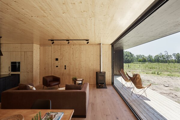 All of the materials were selected for their eco-friendliness, with FSC-Certified wood was used for both the exterior and interior paneling.