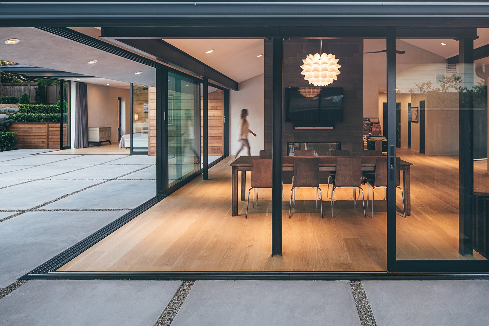Doors and Sliding Door Type When open, the main living area's multi-slide doors let the perfect weather of Santa Barbara into the home.  A Perfect Match