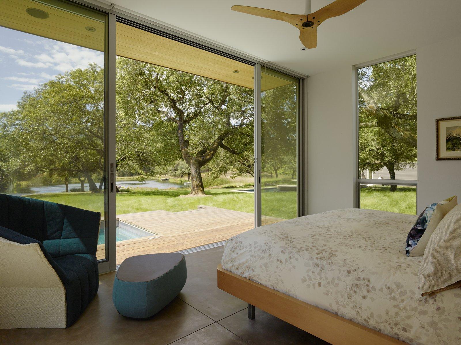 #TurnbullGriffinHaesloop #interior #bedroom #window #hottub  Sonoma Residence by Turnbull Griffin Haesloop Architects