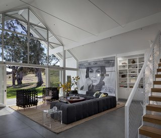 Top 5 Homes of the Week With Striking Glass Walls - Photo 5 of 5 -