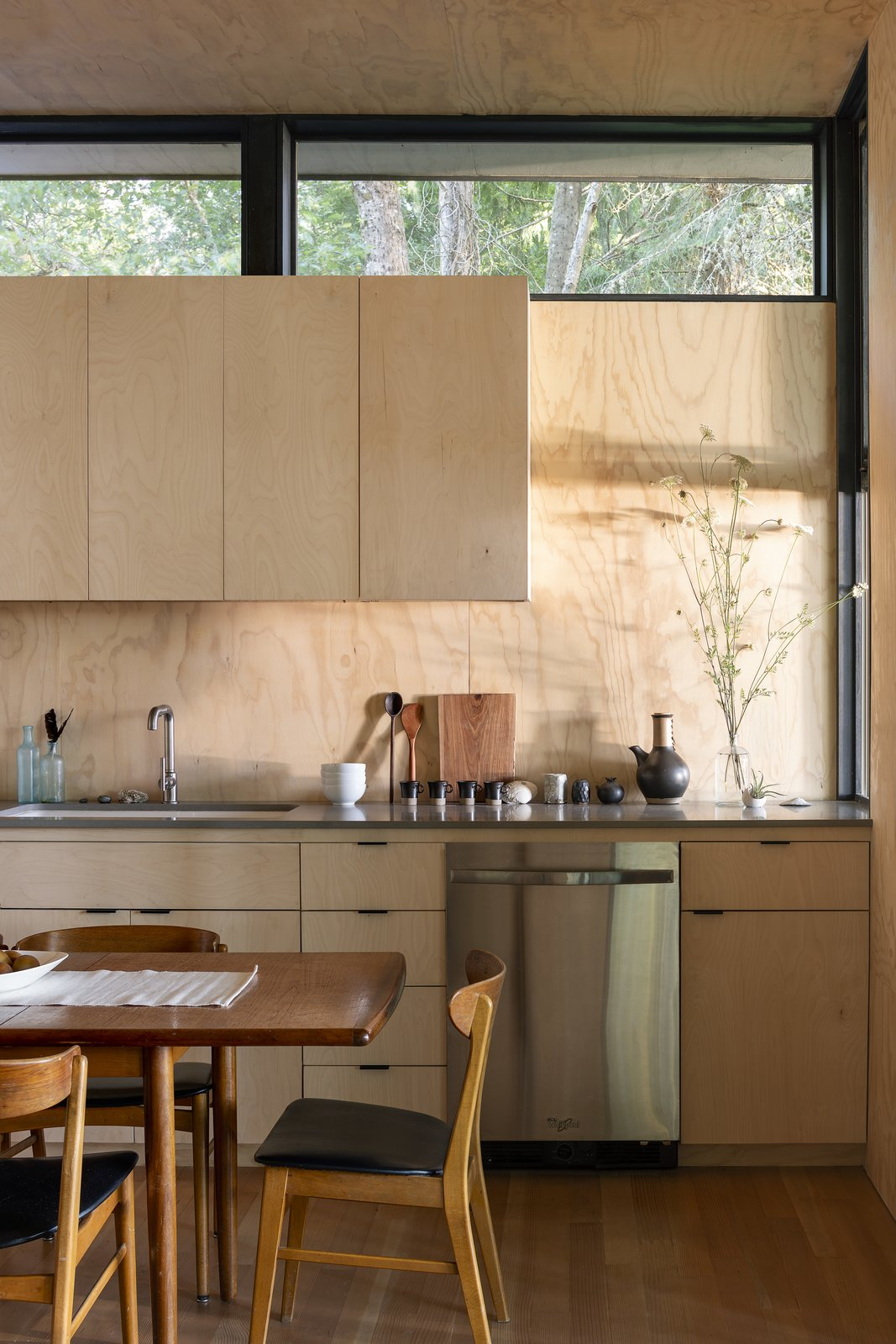 Hood Cliff Retreat kitchen Wittman Estes Architecture