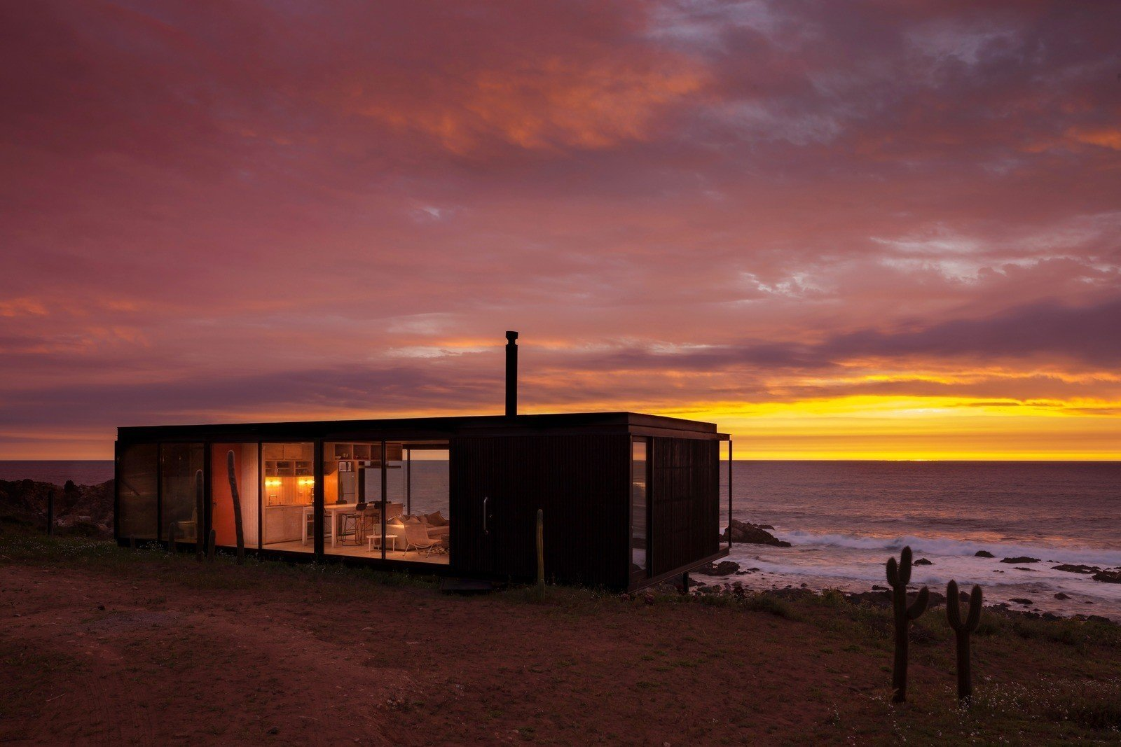 Felipe Assadi, Remote House  Best from Surf Shacks