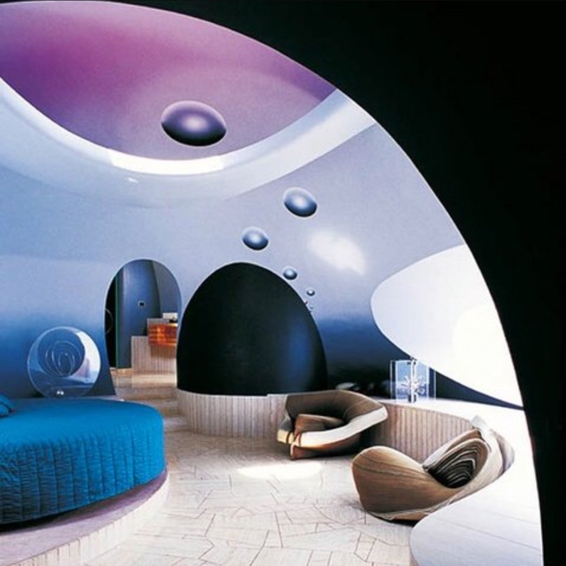 Pierre Cardin's Palais Bulles (bubble palace) by Antti Lovag 1975  The Future was...