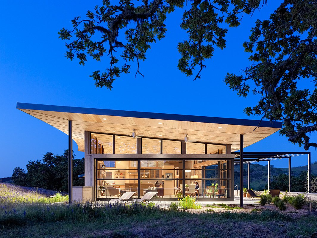 photo 4 of 12 in 11 modern ranch style homes from mcdonald residence dwell - Modern Style Home