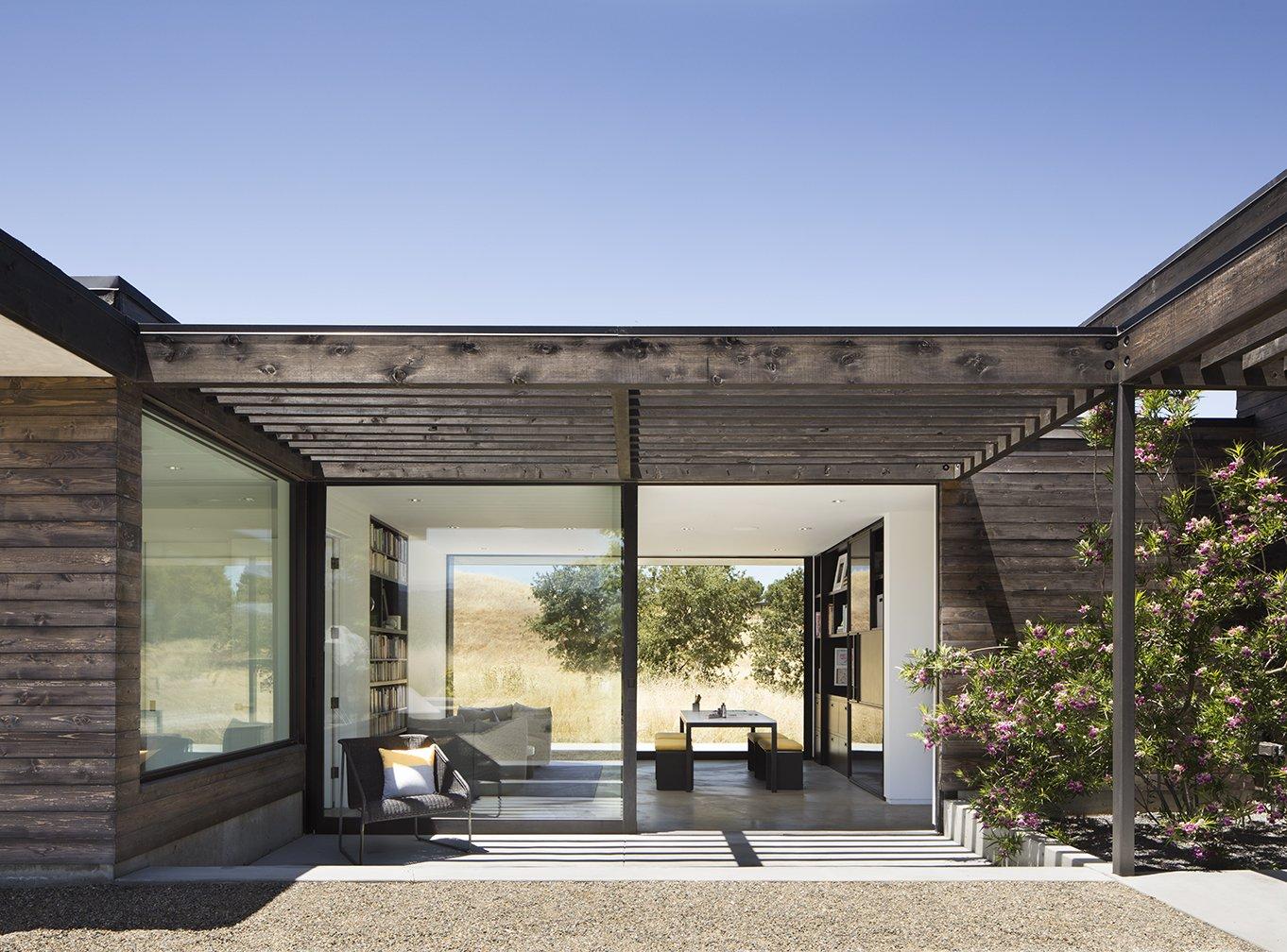 Meadow House courtyard