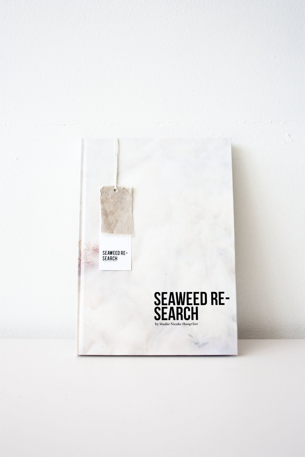 Studio Niece Hoogvliet -Seaweed Research Book    Material Spotlight: Algae