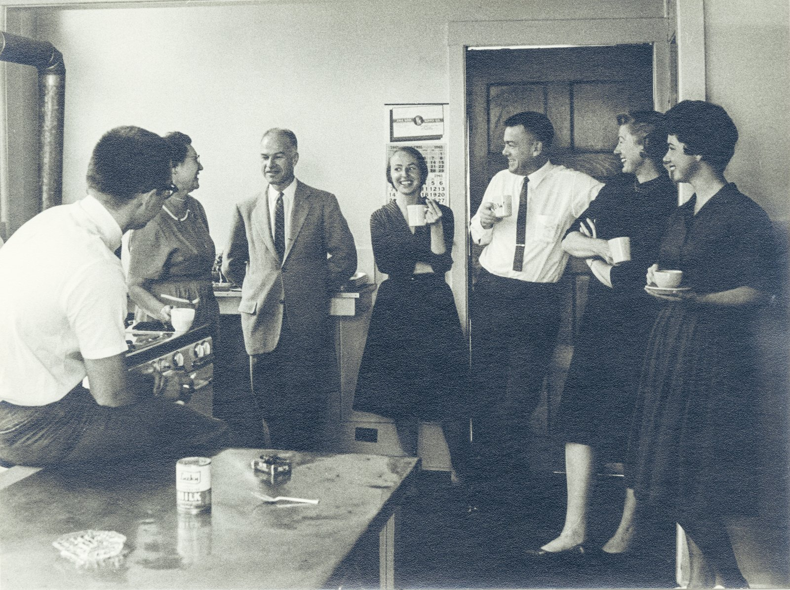 The IPAR staff takes a break in the kitchen. In 1992, the organization renamed itself the Institute of Personality and Social Research, which still operates at UC Berkeley today.  Photo 13 of 14 in This Book Unearths a Midcentury Personality Study on Architectural Giants