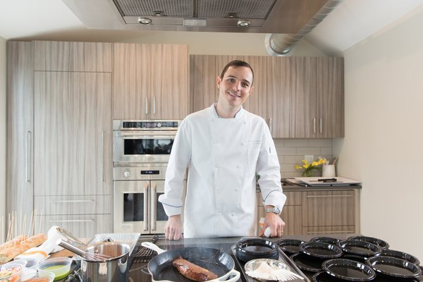 Chef Jon Liddell performed live cooking demonstrations that showcased the high-performing features of Monogram appliances.