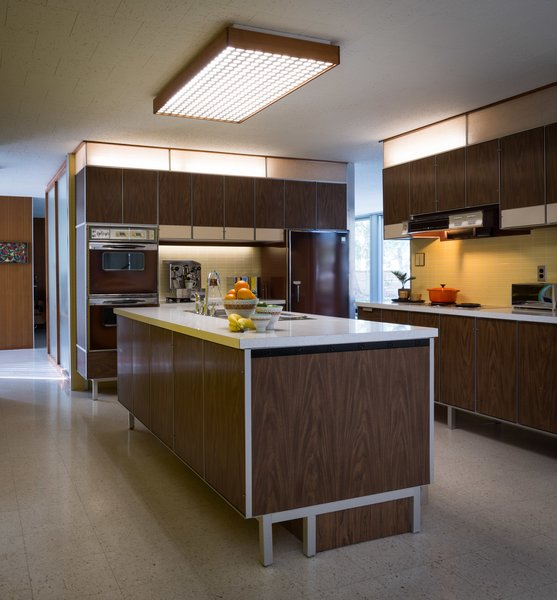Paul McCobb designed the kitchen, built-in units, and vanities as well.