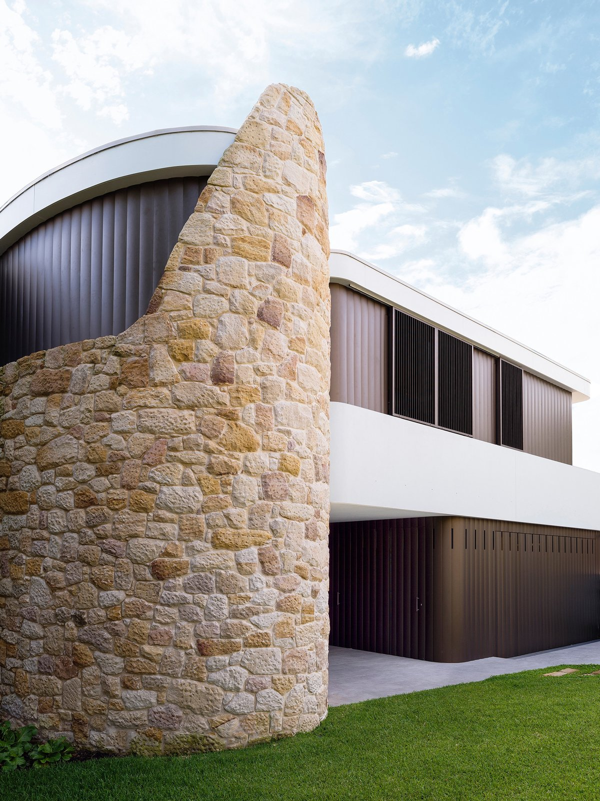 © Justin Alexander  Martello Tower Home by Luigi Rosselli Architects