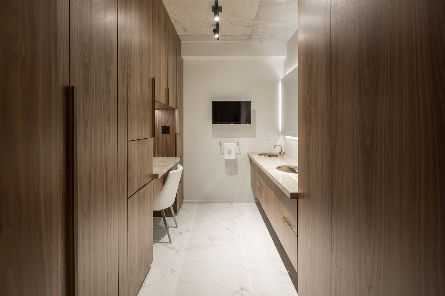 The master vanity area.  Thompson Hotel Private Suite by ANTHONY PROVENZANO ARCHITECTS