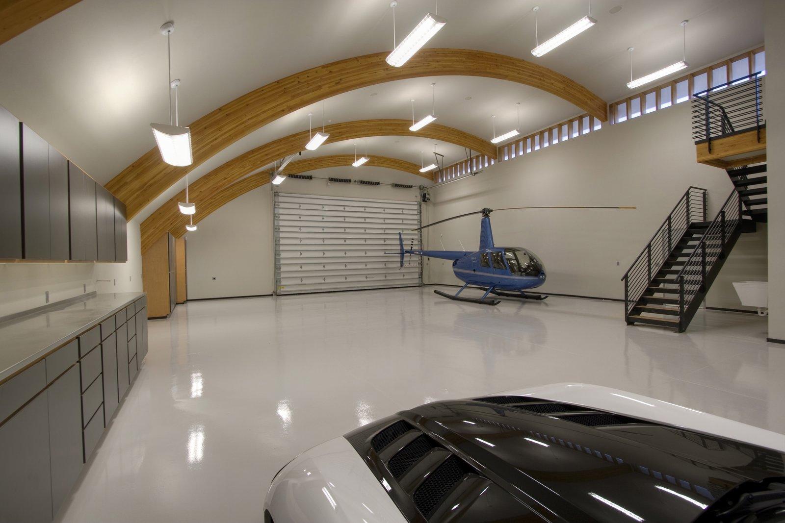 фото гаражей в частных домах внутри характеристика