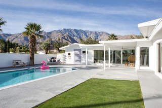 Nothing says midcentury Palm Springs like a custom pool and a backdrop of mountains.