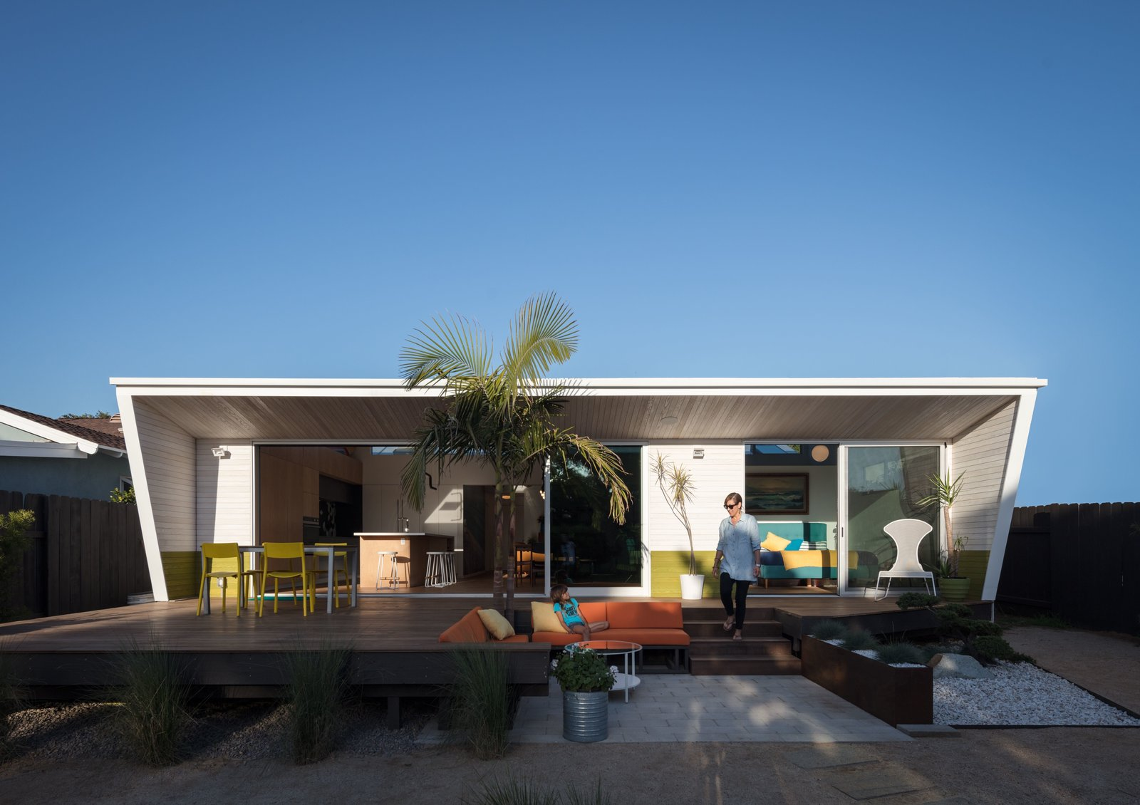 New Angled Cube rear addition  The Beach Lab by Surfside Projects