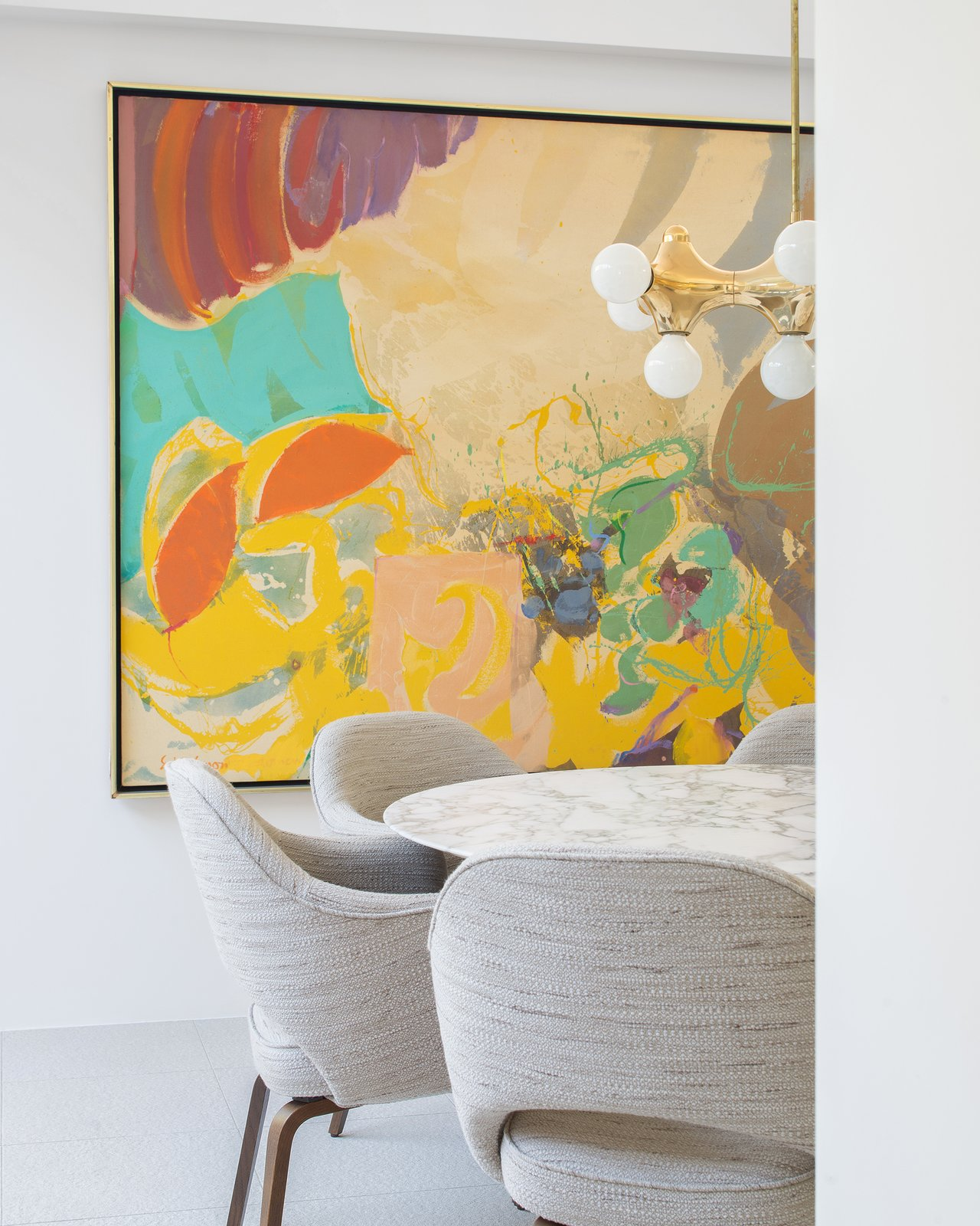 Throughout the day, the home is bright, airy and breezy, guided by both the architecture and the interior design. Ellen Hanson Designs appointed the home with furnishings that range between rich, colorful art and muted modern furniture.  The Pavilion House by Seamus Payne