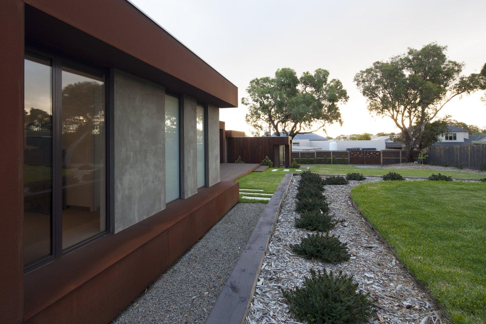 Coreten Eyelashes   Pod Residence by Bespoke Architects