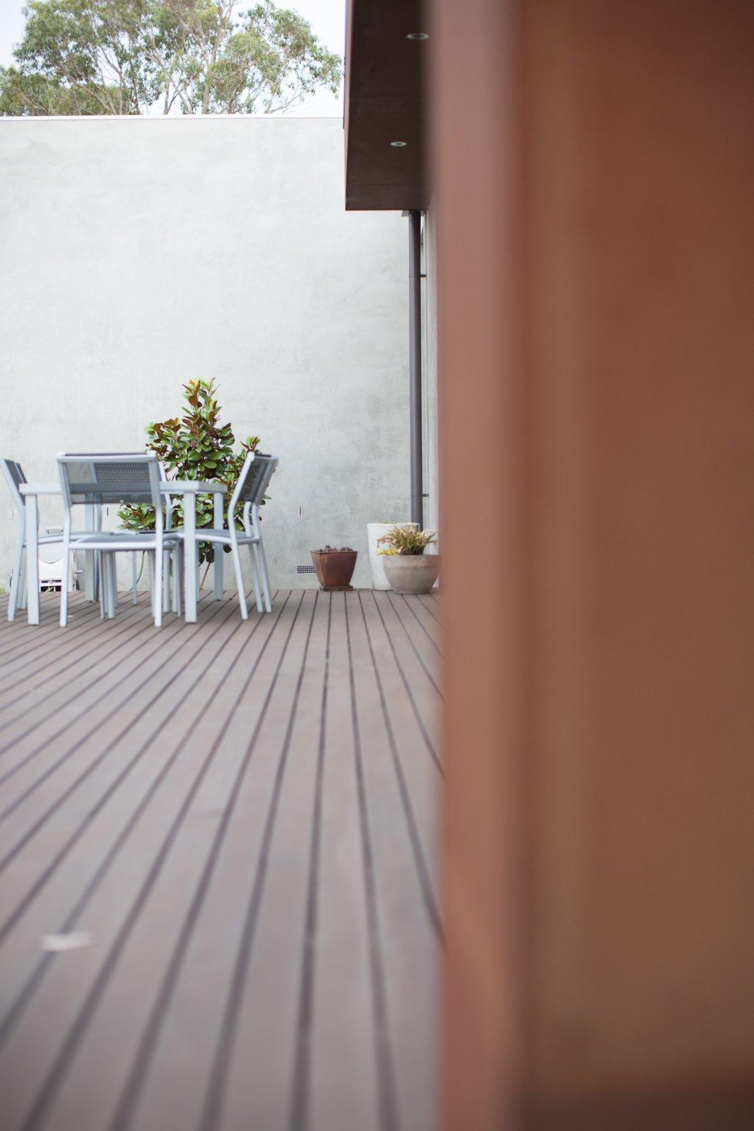 Entertaining Deck  Pod Residence by Bespoke Architects