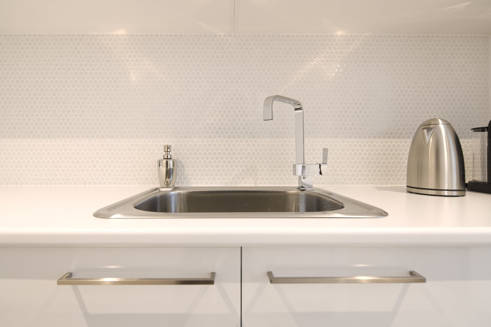 Photo 3 Of 14 In How To Choose The Right Type Of Kitchen Sink For - Which-type-of-bathroom-sink-is-right-for-you
