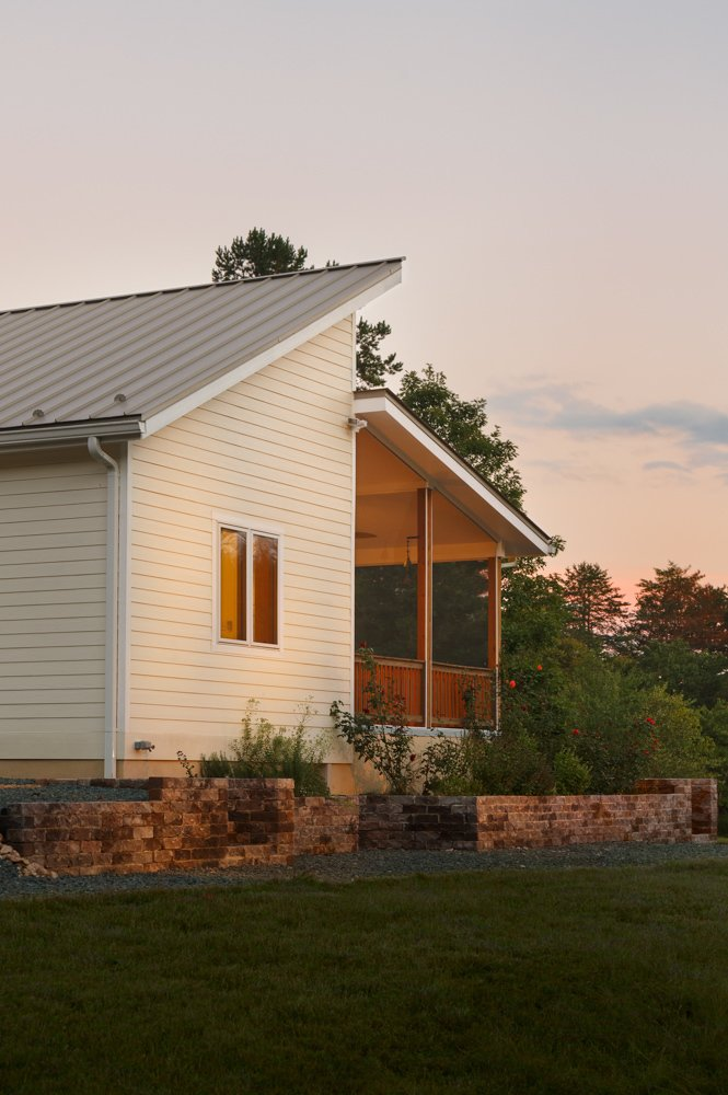 Prefabricated net-zero home by Deltec Homes  Net-Zero Prefab Home by Deltec Homes