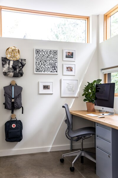 The Bracy Cottage — Office Alcove