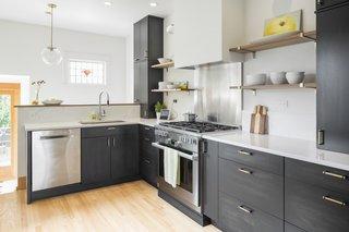 Craftsman Bungalow Gets A Scandinavian Kitchen Bath Modern Home In