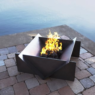 Superior Outdoor Gather Around These 7 Modern Fire Pit Designs   Photo 5 Of 7