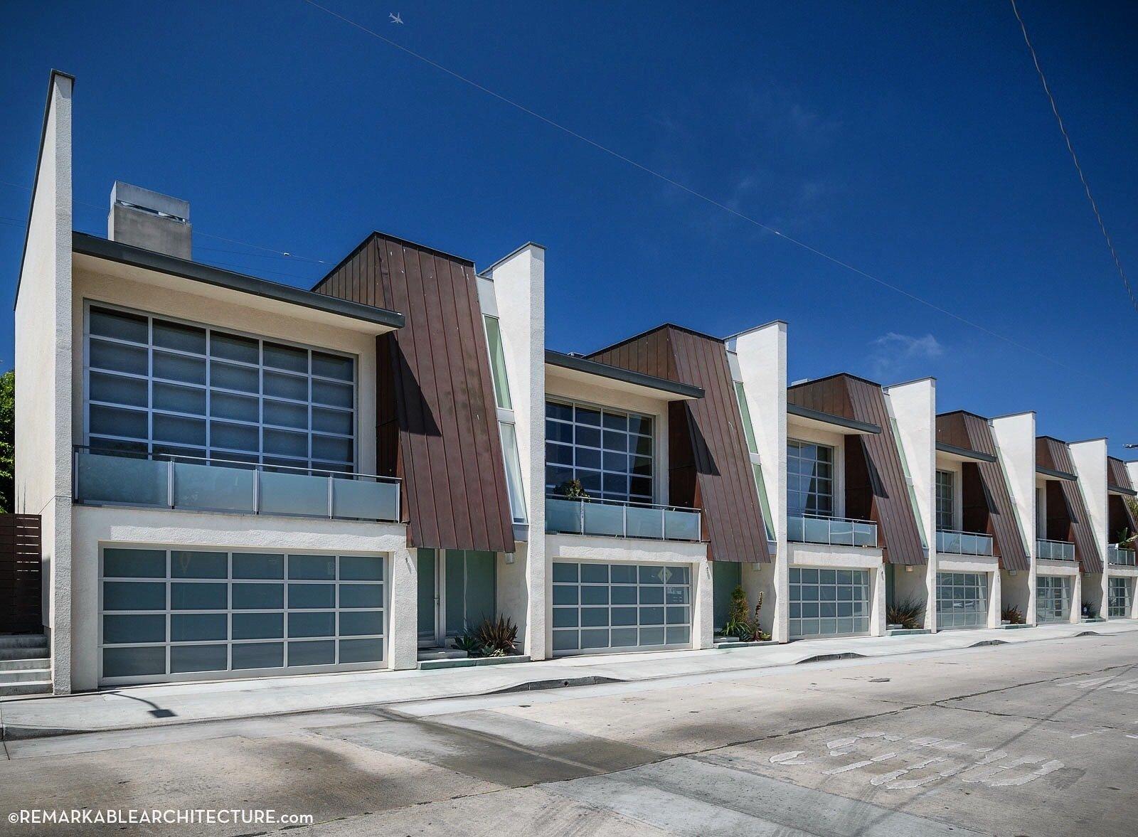 Minimalist Postmodern Mansardplex (with split-level garage).  There is no 'I' in Archetect