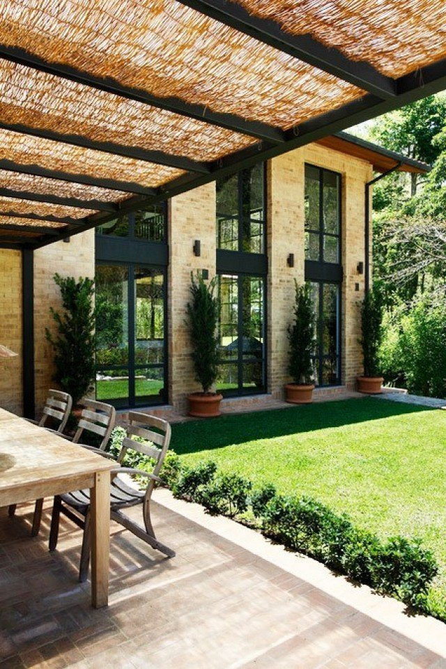 Photo courtesy of Ourico Arguitetura e Design  Photo 8 of 11 in Step Inside a Dramatic Brazilian Mountainside Masterpiece