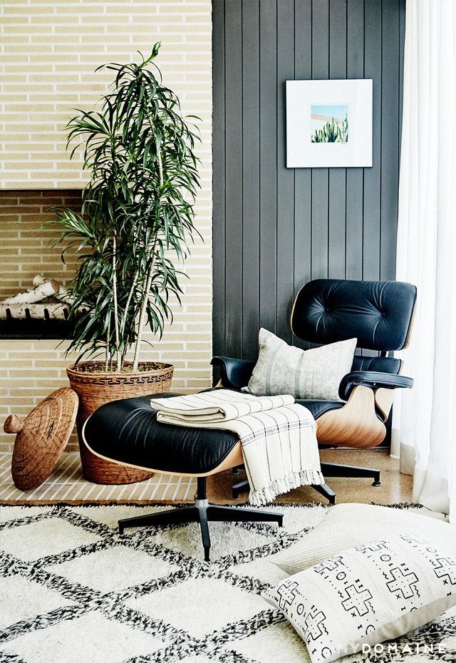 Cover photo by Jenna Peffley for MyDomaine; Styling by Kate Martindale; Design by TwoFold LA  Photo 10 of 30 in Inside Fitness Mogul Lorna Jane's Elegant L.A. Retreat
