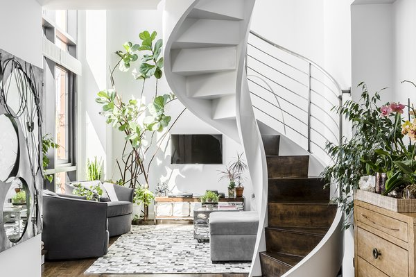 35 Swoon-Worthy Staircases That Are a Step Above the Rest