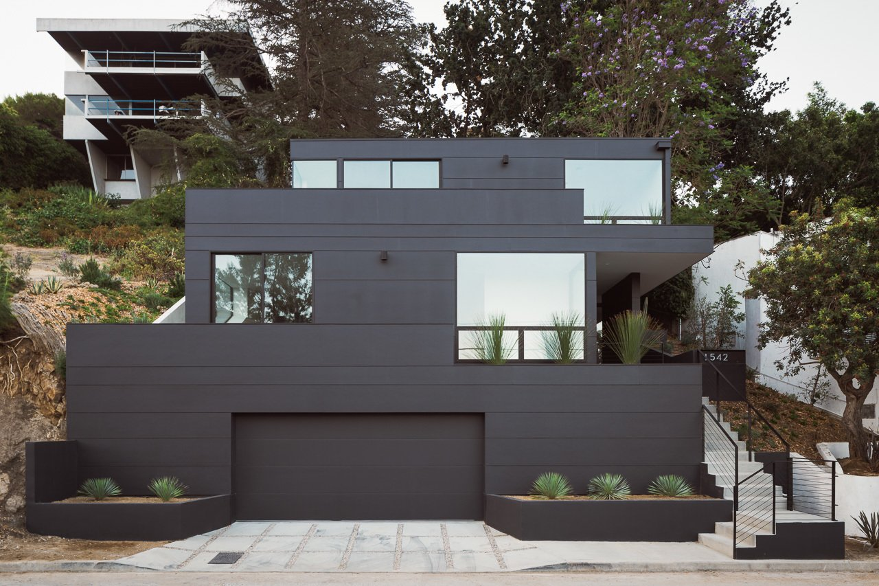 Exterior, Green Roof Material, House Building Type, and Concrete Siding Material Exterior  Tilt-Shift House by ANX / Aaron Neubert Architects
