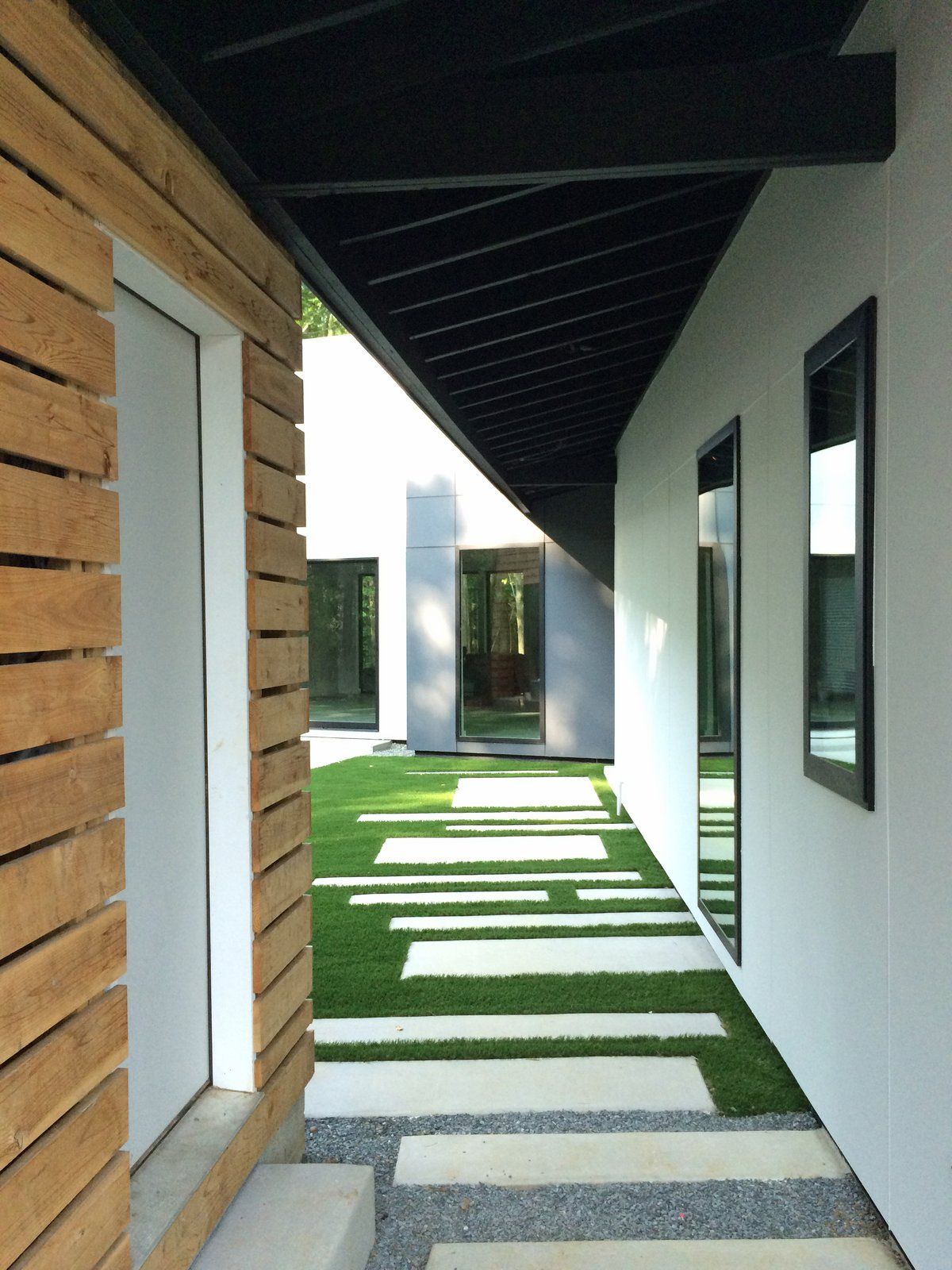 entry walkway  Johnson Residence by Dialect Design