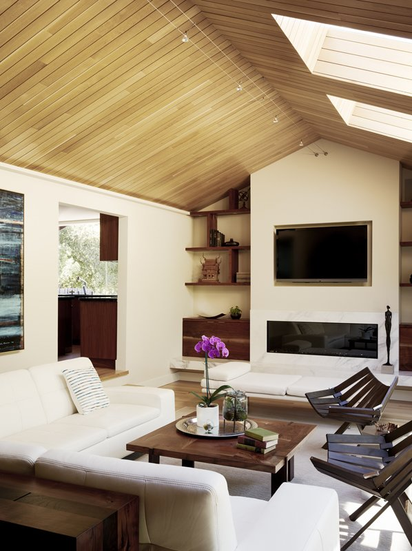 Natural-colored furnishings and accessories create a a relaxed feel.   Ridge Road