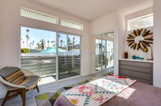 All units at Palm Canyon Mobile Club tout indoor/outdoor living.