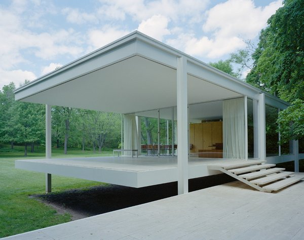 The Farnsworth House is devoid of ornamentation: even the entry stair does not have a hand rail, and not a bolt or weld can be seen.
