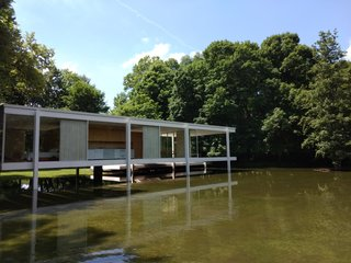 In 2018, yet another severe flood threatened the Farnsworth House. In 1996, windows broke, and art was swept down the river during a tragic flood.