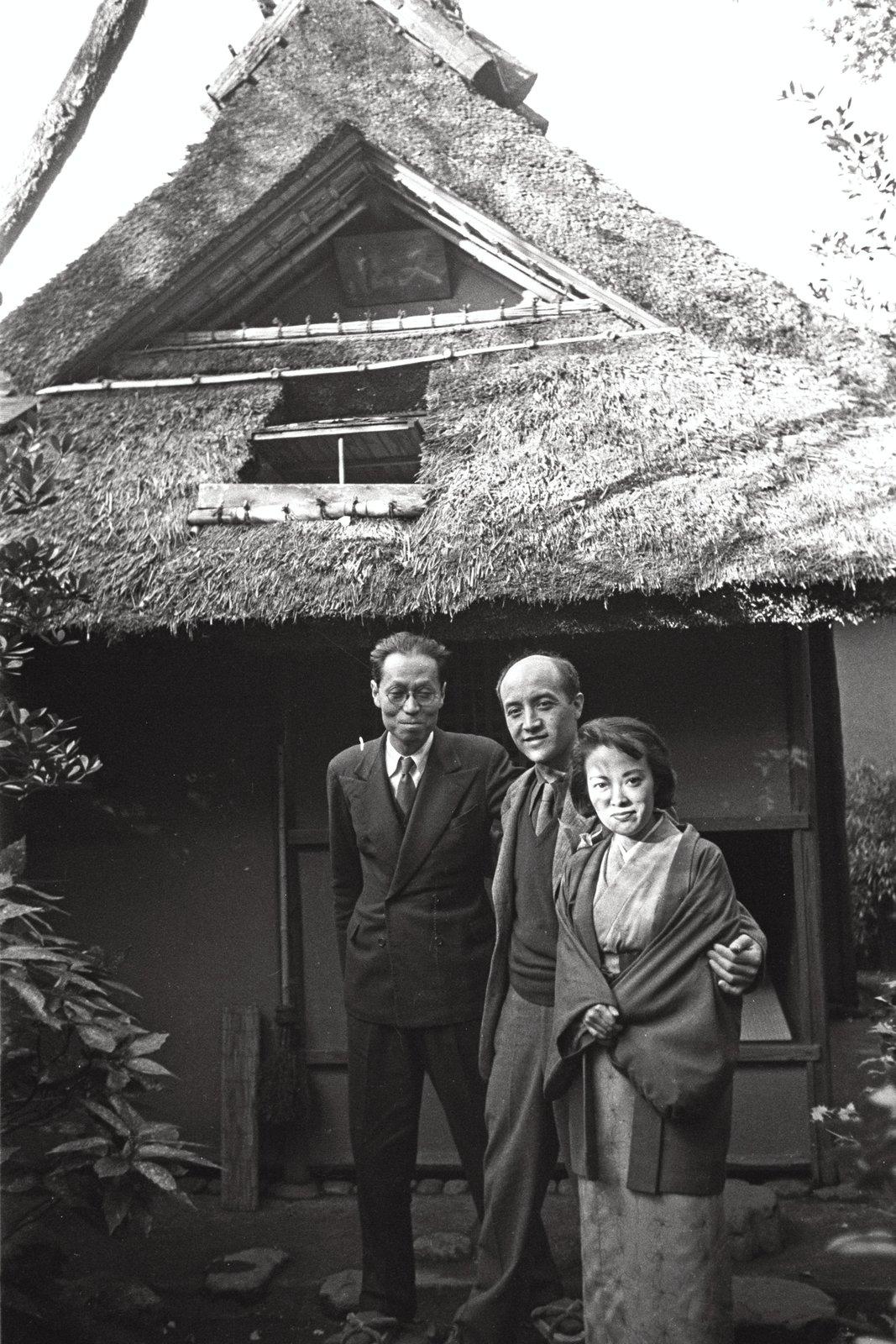 Saburo Hasegawa, Isamu Noguchi and Yoshiko Yamaguchi at Uransenke Konnichi - an estate, Kyoto, c. 1952  Photo 6 of 7 in How a Friendship Between Isamu Noguchi and Saburo Hasegawa Helped Shape Midcentury Design