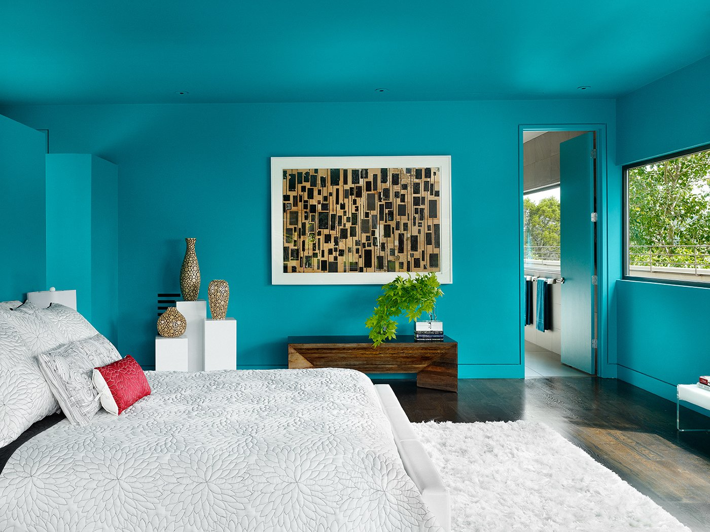 Bedroom and Bed Photographer: Casey Dunn  West Lake Hills Residence by Specht Architects
