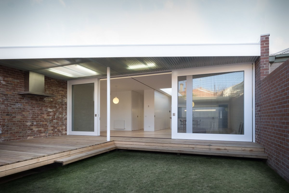 Outdoor, Grass, Decking Patio, Porch, Deck, and Back Yard Courtyard  Residence L&N by Open Studio Pty Ltd Architecture