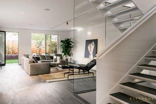 lounge area / media room