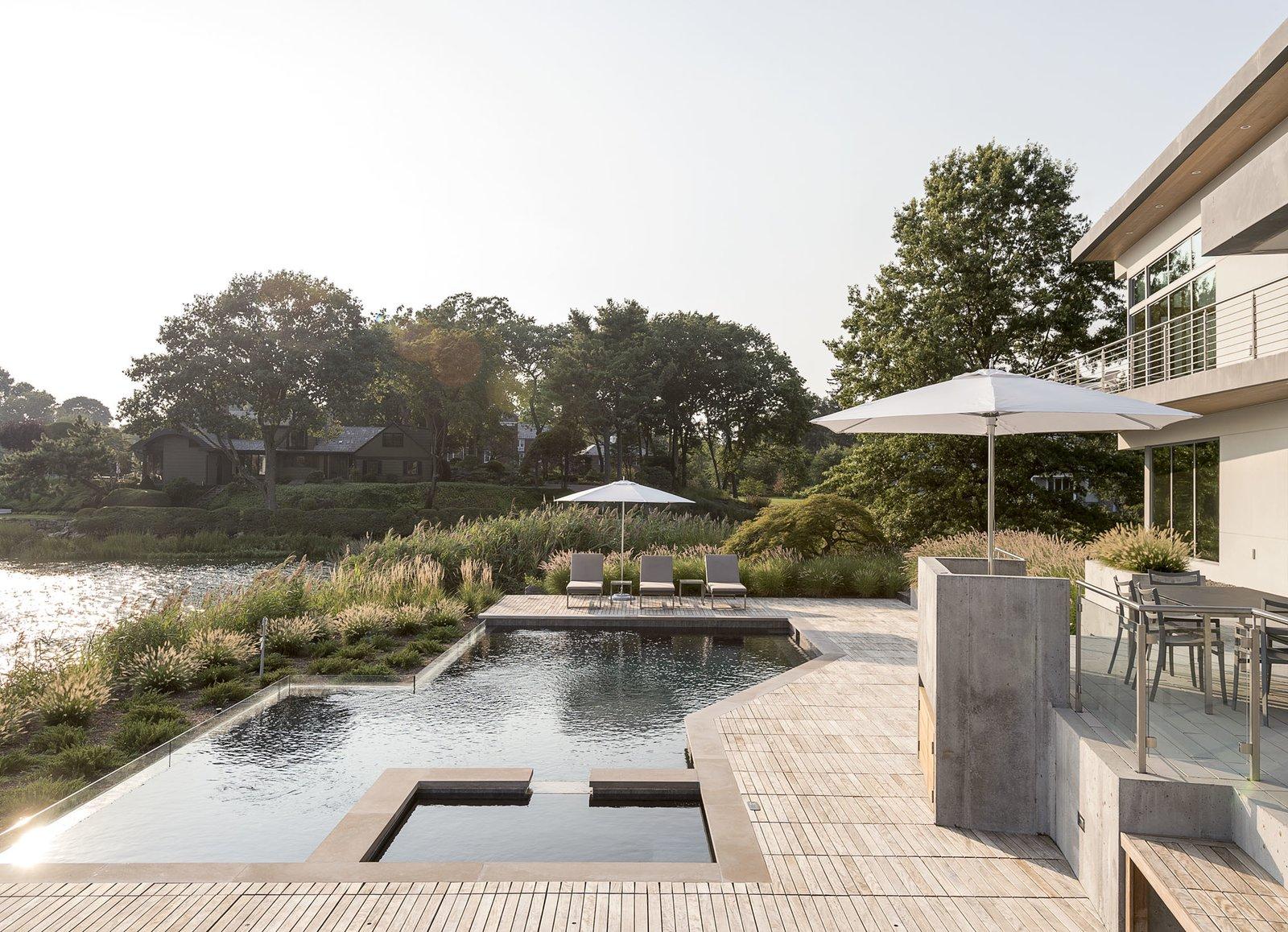 Long Island Sound House pool