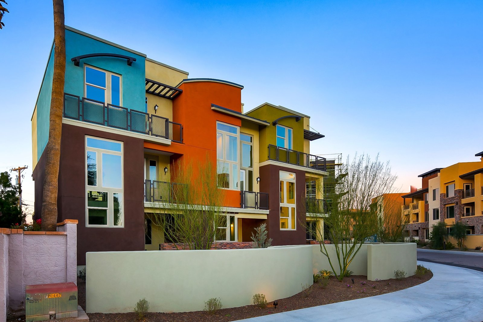 Trio Scottsdale Lofts, Arizona.  Photo 9 of 9 in Architect Ed Binkley on Contemporary Home Design  and the 'New Modern'