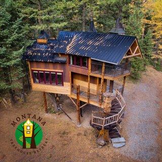 The Montana Treehouse Retreat Modern Home in Columbia Falls