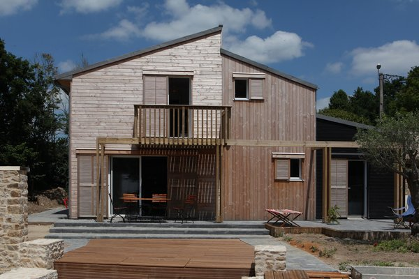 A bioclimatic house in Auray, Brittany , France Patrice Bideau  A bioclimatic house in Auray, Brittany, France by a.typique Patrice Bideau ( 2013 )
