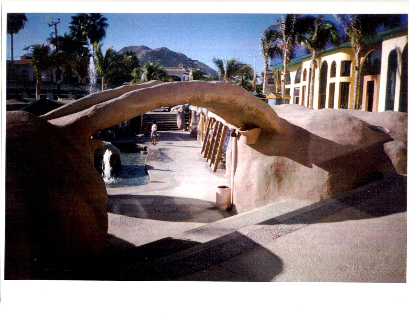 PLAZA DEL SOL Tourist Oriented Retail Center Courtyard Cabo San Lucas, BC, MX Design-Build 55,000sf  RETAIL STORES