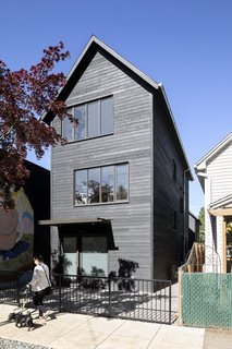 The Slender House won a design award from the American Institute of Architects' Portland chapter.