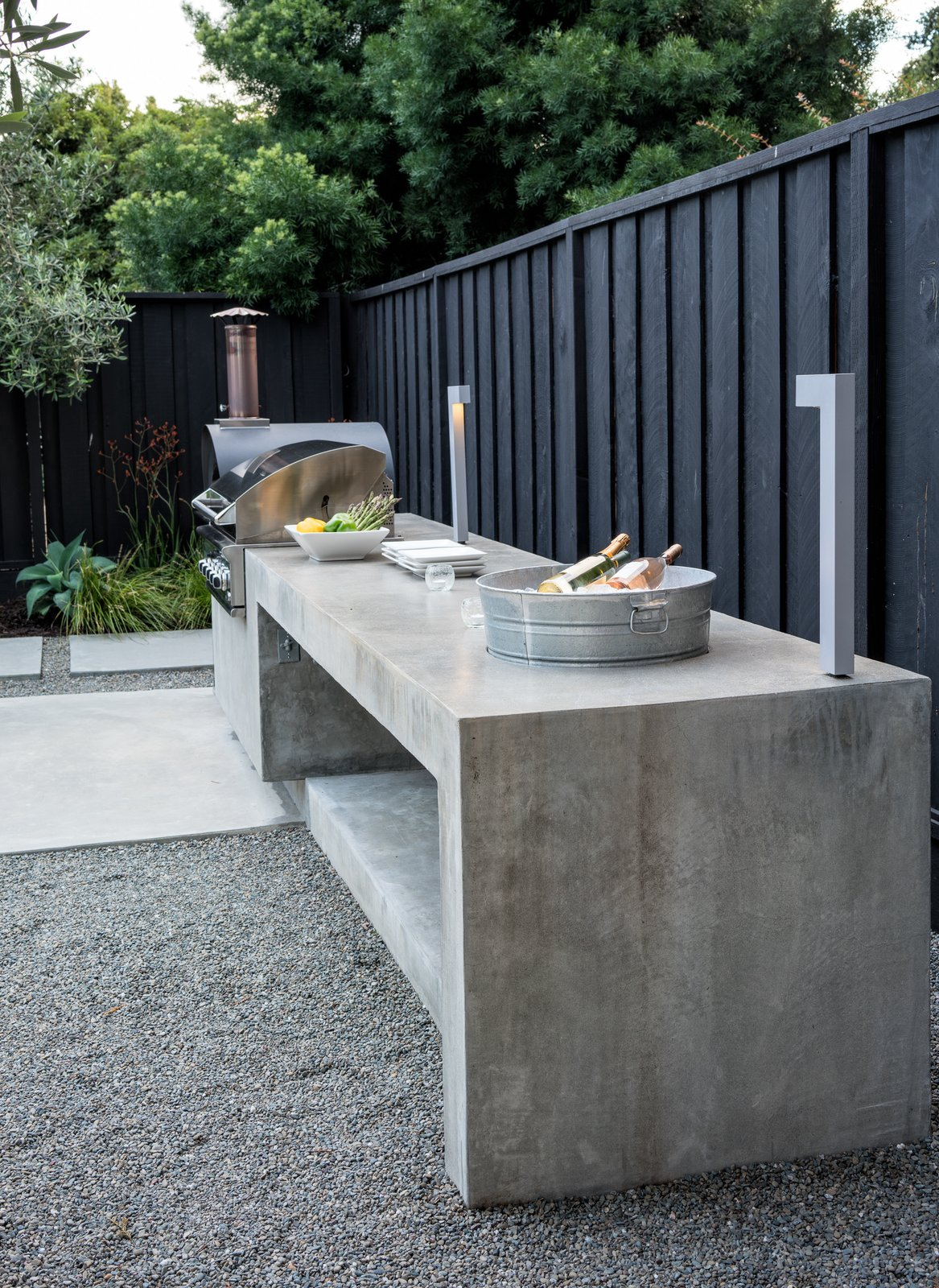 BBQ, pizza oven and plenty of serving counter space - including an ice bucket.  Refreshing Bungalow by Randy Thueme Design